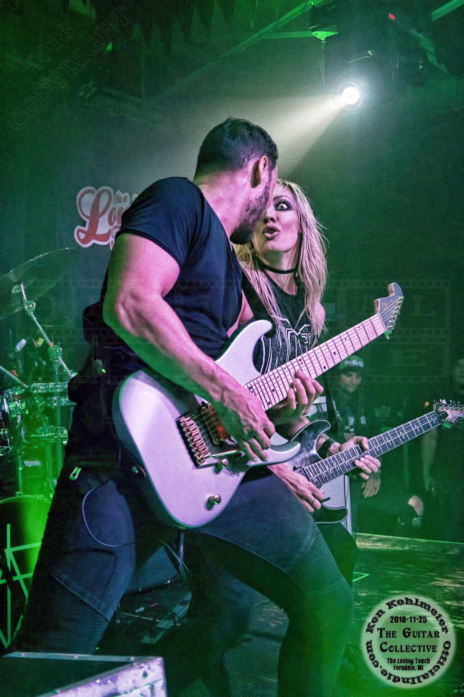 Guitar0012